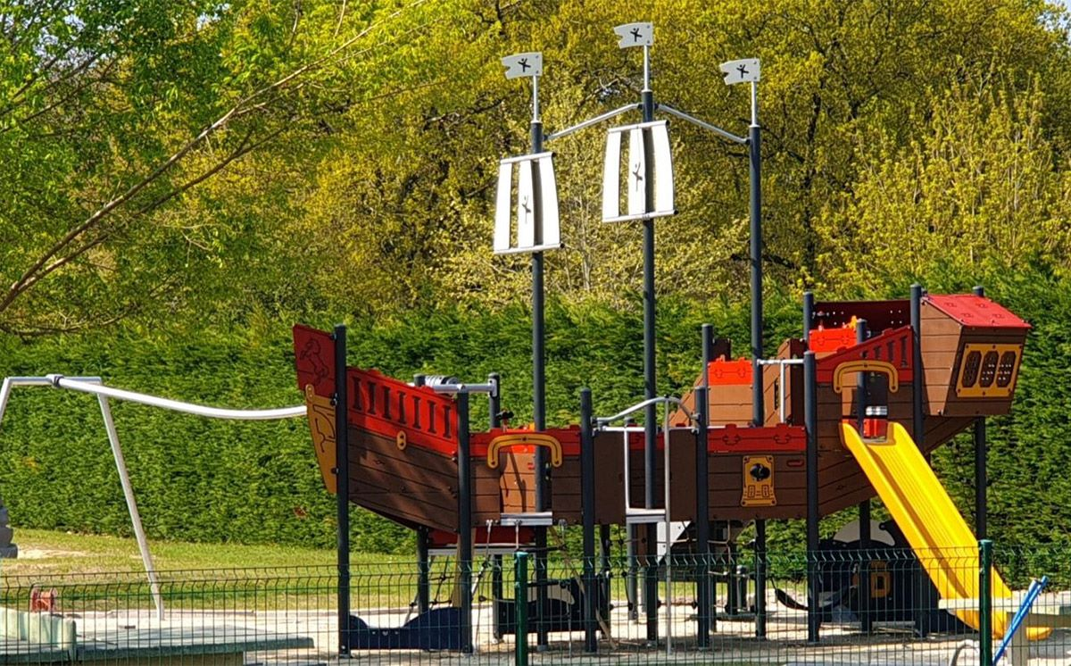 Playground Sports 16 54