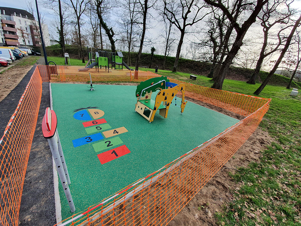 Playground Sports Img (50) 249